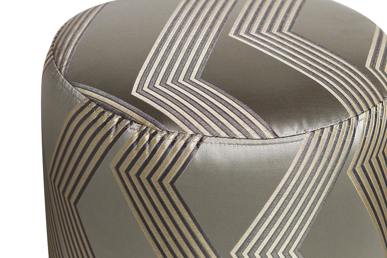 Пуф серебристый с металлическим ободом (ZW-694-A SLV SS) Garda Decor