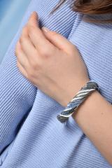 Бисерный браслет, 24 нити, серо-синий