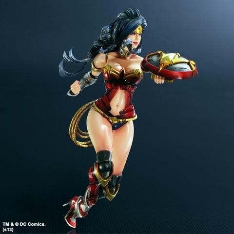 DC Universe Play Arts Kai - Wonder Woman