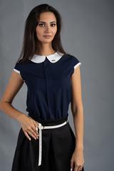 Віта. Класична блуза з круглим коміром. Синій