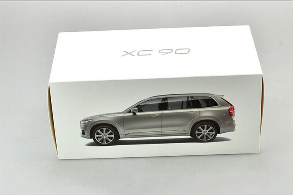 Коллекционная модель VOLVO XC90 2019 LUMINOUS SAND SILVER