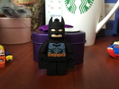 Minifigure Superhero USB 2.0 Flash Memory Drive 16 GB