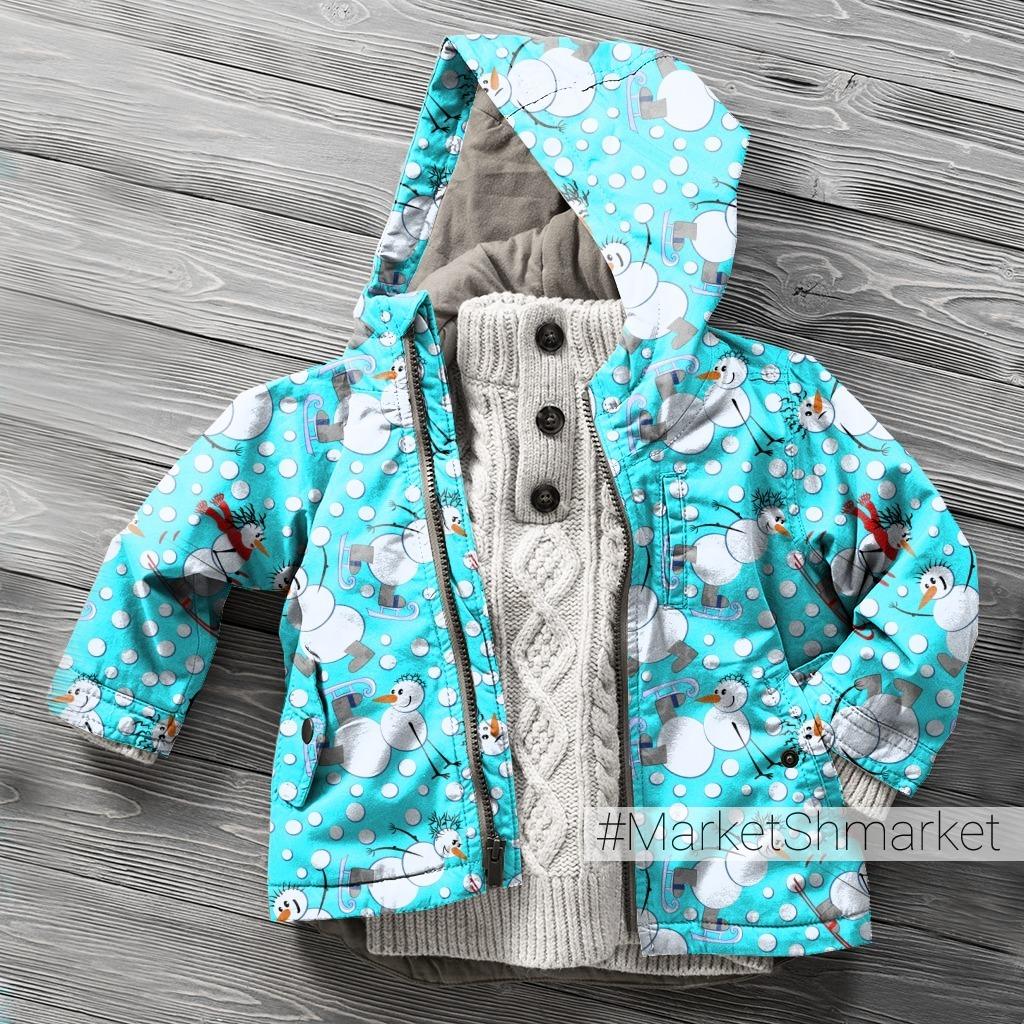 Зимние забавы - паттерн из снеговиков на голубом фоне