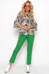 """<p>Удачный крой и натуральная цветовая палитра соединяются в стильный костюм """"Леди стайл"""" уместном, как для городской прогулки, так и для деловой встречи. Брюки на резинке.</p>"""