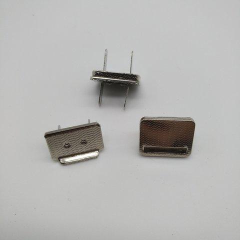Кнопка - защёлка магнитная, 15*20 мм.
