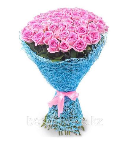Букет из 45 розовых роз (местные)