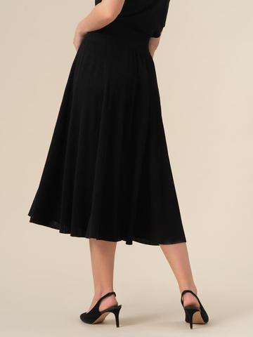 Женская юбка-миди черного цвета с поясом на резинке - фото 3
