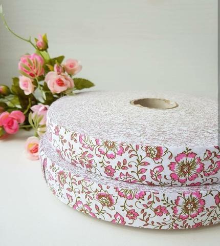 Розовые цветы ролик