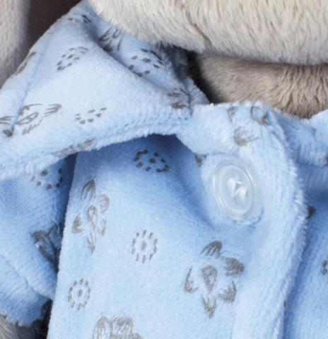 Зайка Ми в голубой пижаме