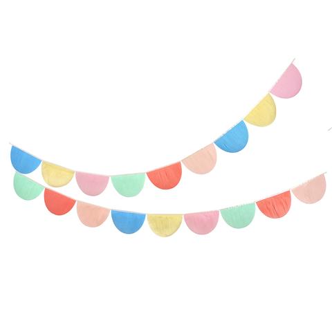Гирлянда разноцветная из гофрированной бумаги