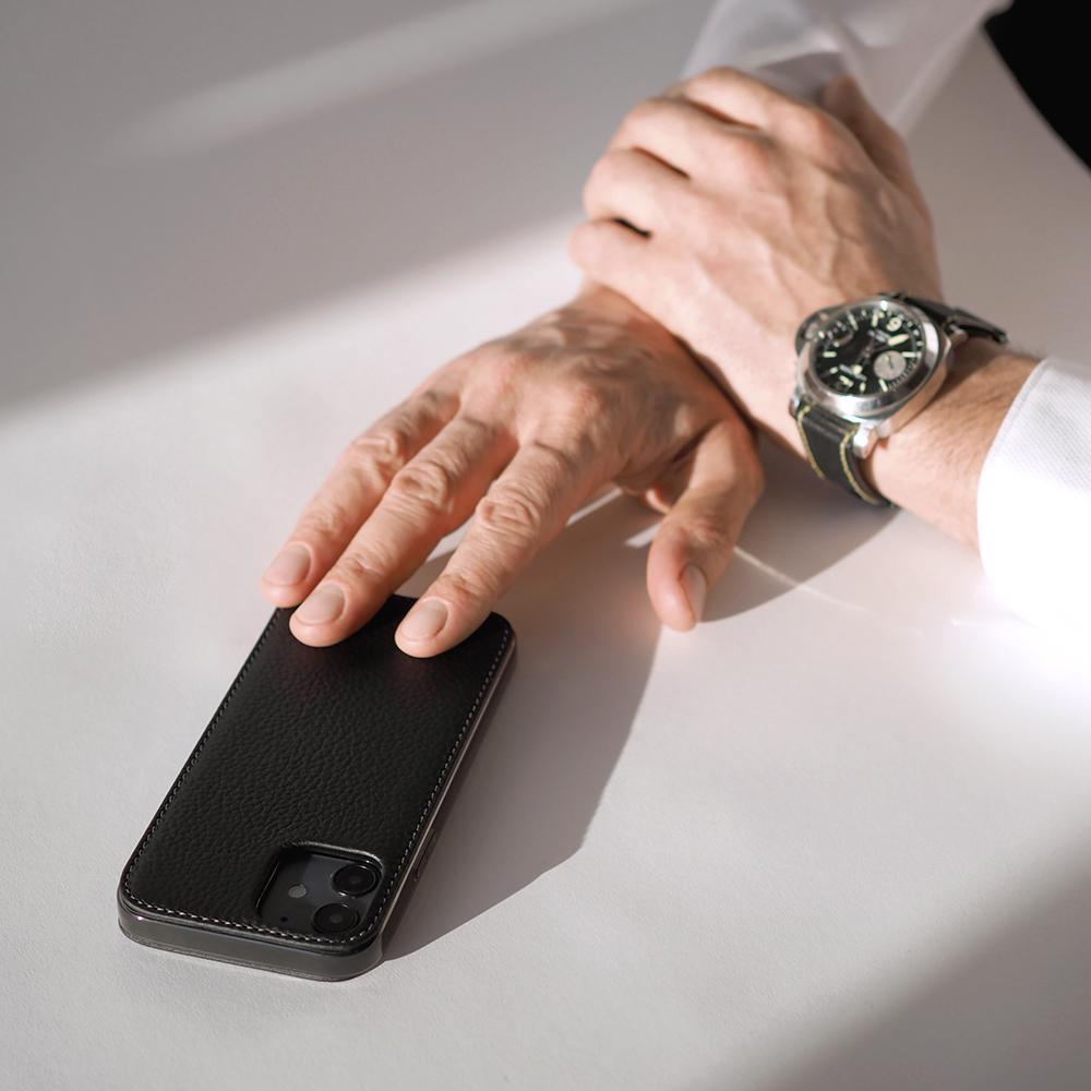 Чехол для iPhone 12/12Pro из натуральной кожи теленка, цвета черный мат