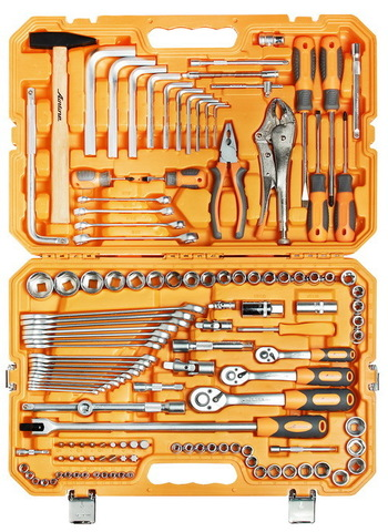 Набор инструментов универсальный 132 предмета, пласт.кейс