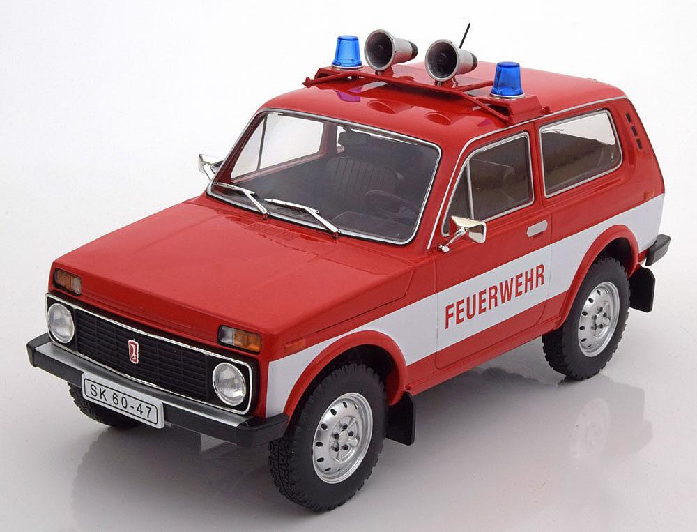 "Коллекционная модель BАЗ 2121 ""НИВА"" 1978 Lada ""Niva"" 1600 Fire Engine"