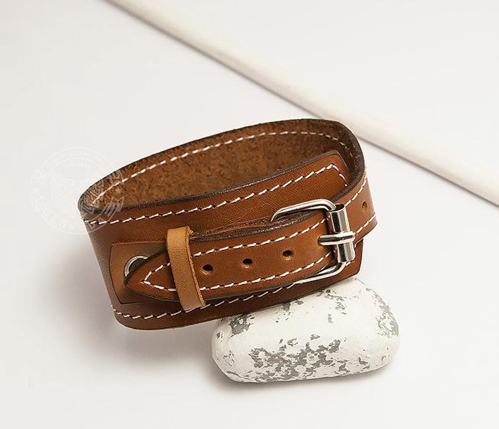 BL402-2 Кожаный браслет ручной работы с металлической застежкой. «Boroda Design» фото 04