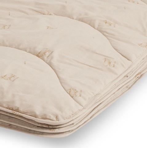 Одеяло легкое из овечьей шерсти Полли 140x205
