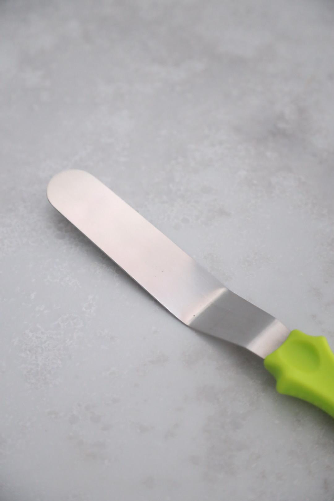 Паллета с зеленой ручкой с изгибом, рабочая поверхность 12 см