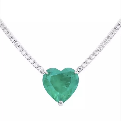 89038- Колье-кулон из серебра с кварцем цвета парабаиба огранка сердце