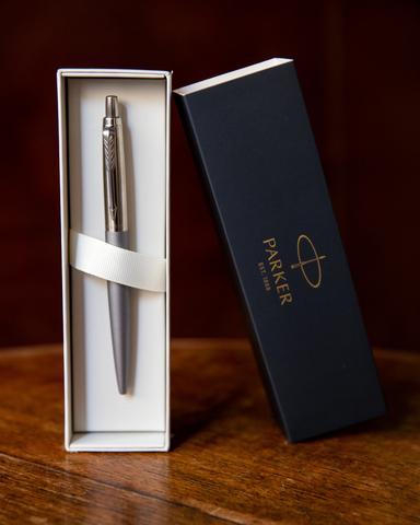 Набор с гравировкой: Ежедневник и ручка Parker Jotter XL Grey CT