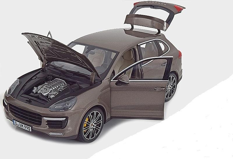 Коллекционная модель Porsche Cayenne (92A) Turbo S 2015