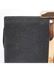 Клатч черного цвета с зототой фурнитурой