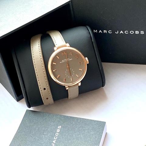 204.010 - Женские, наручные часы MARC Jacob на двойном кожаном ремешке