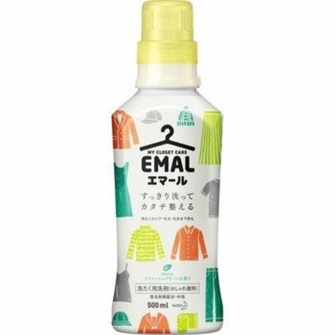 Концентрированный гель Kao Emal для стирки деликатных тканей с ароматом Свежей зелени 500 мл
