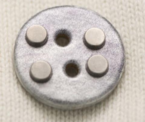 Пуговица кожаная с металлическими клёпками, серебристая, 30 мм