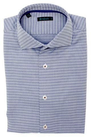 Светло-голубая рубашка с синим ромбовидным геометрическим рисунком