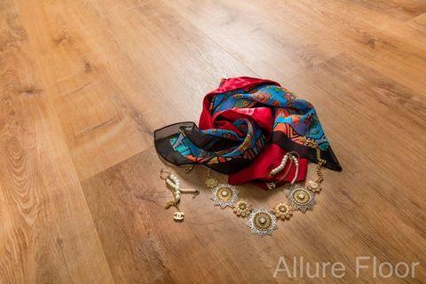 Кварц виниловый ламинат Allure Isocore I967109 Дуб Золотой