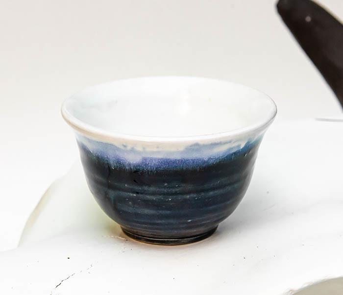 CUP114 Пиала ручной работы с глазурью синего цвета фото 02