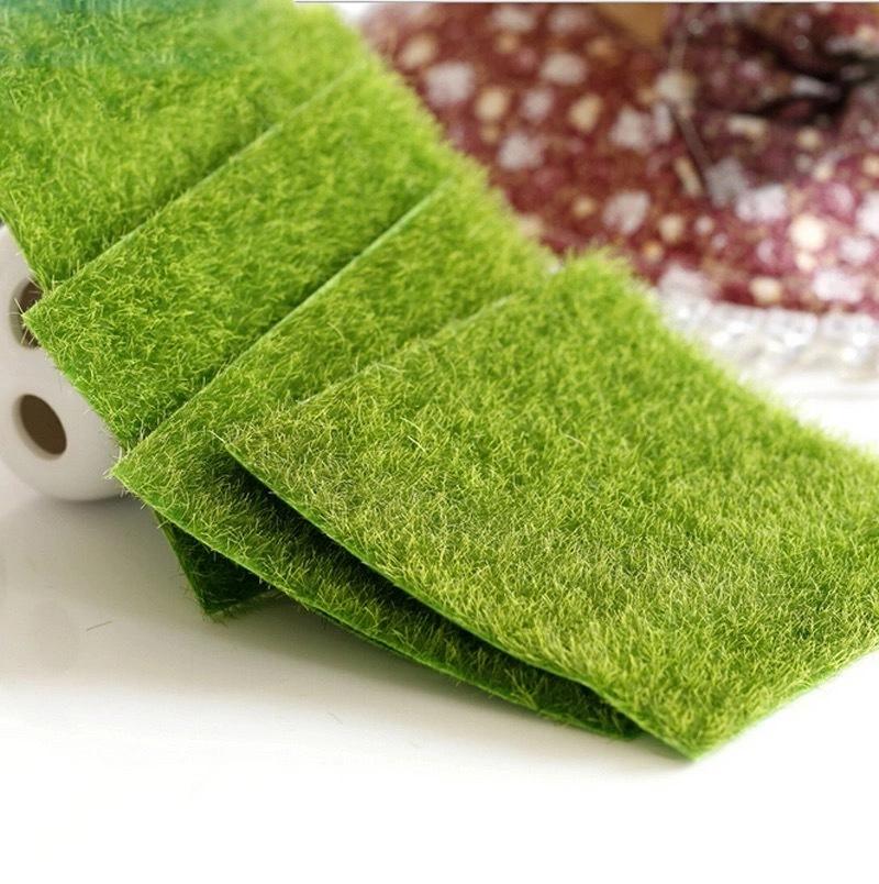 Газон-коврик искусственный, 15х15 см.