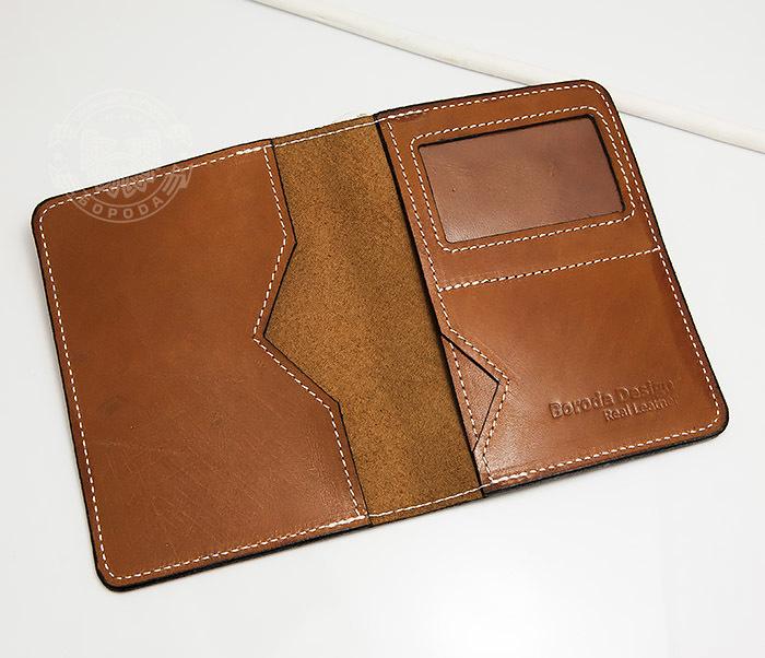 WB117-2 Мужской кошелек и обложка для паспорта с прозрачным окошком. «Boroda Design» фото 04