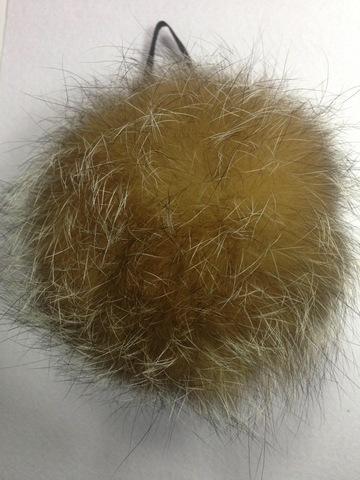 Помпон из меха енота , d-14-15см (натуральный цвет)