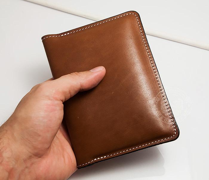 WB117-2 Мужской кошелек и обложка для паспорта с прозрачным окошком. «Boroda Design» фото 07