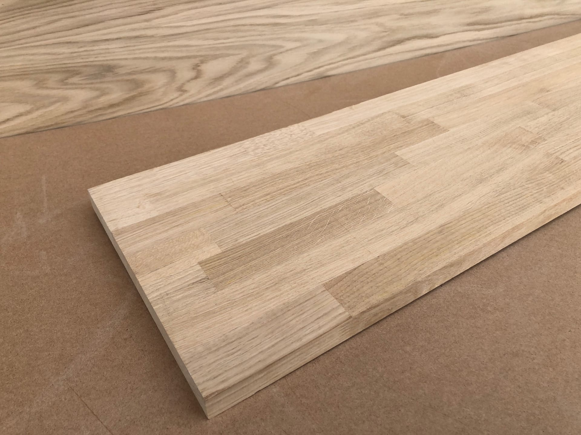 Мебельный щит из дуба ( сращенный, дальневосточный )