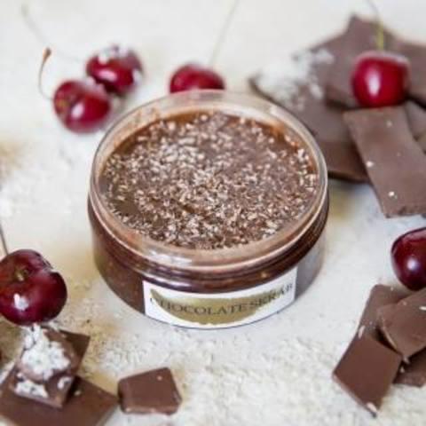 Скраб шоколадный с кокосовой стружкой 110 гр
