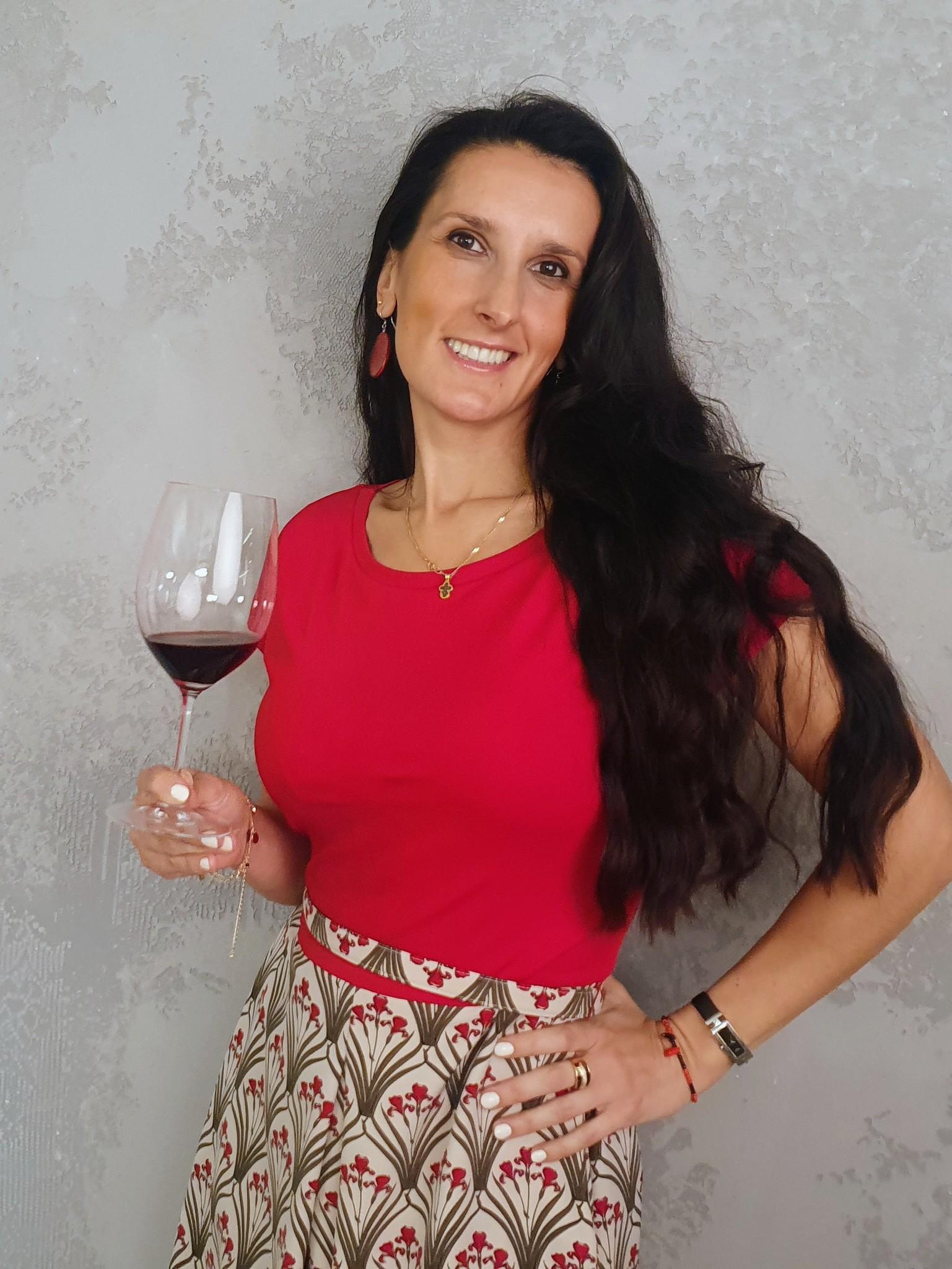 Вертикальная дегустация красных испанских вин фото