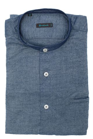 Синяя рубашка из мягкой ткани с воротником-стойкой и втачным карманом