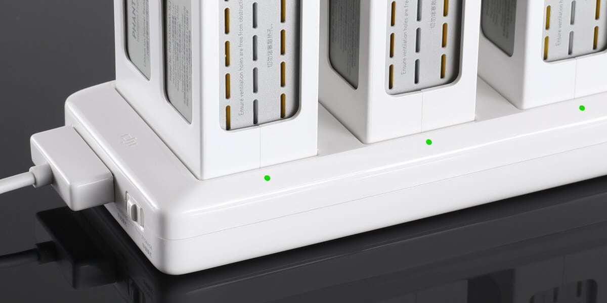 Концентратор хаб для заряда батарей DJI Phantom 4 (Part8)