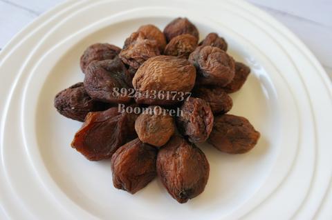 Урюк (абрикос с косточкой) шоколадный