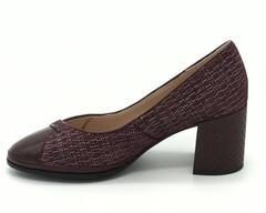 Туфли из натурального велюра с лаковым носом