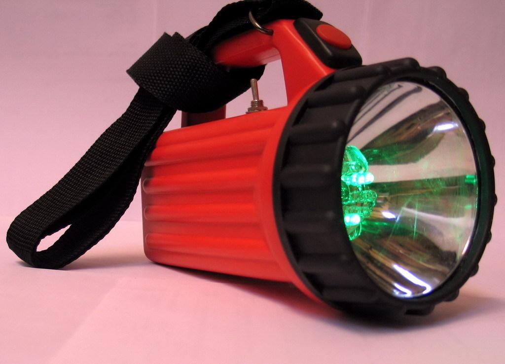 Фонарь аккумуляторный сигнально-осветительный железнодорожный ФАСО-4 c зарядным устройством