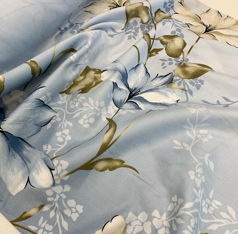 Премиум сатин с принтом лилии бежевые на голубом  (100% мерсеризированный хлопок)