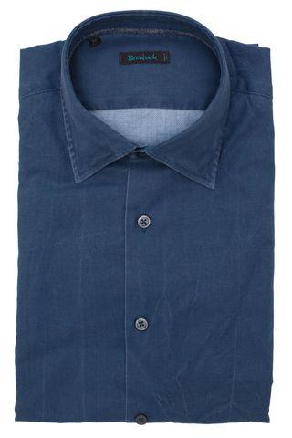 Синяя рубашка с разводами из ткани с выработкой