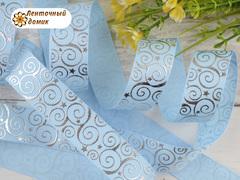 Лента репсовая Завитки со звездами светло-голубая 22 мм