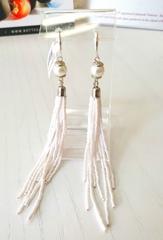 Серьги-каскад бисерные белые