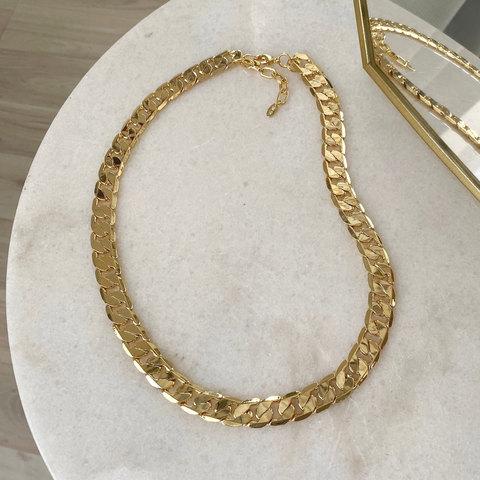 Колье-цепь с плоскими звеньями (золотистый)