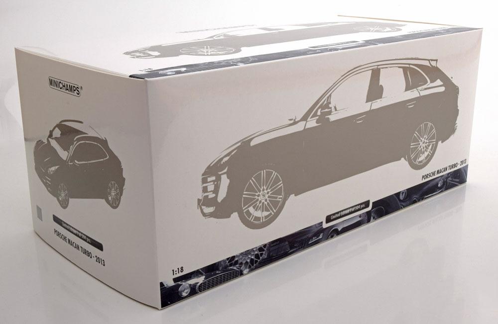 Коллекционная модель Porsche Macan Turbo 2013