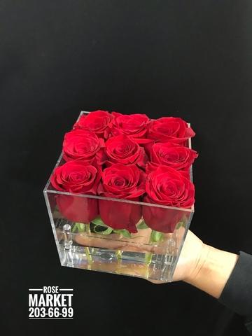 Красные розы в акриловом боксе #20631