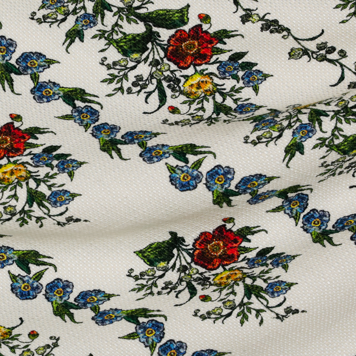 Вискозно-хлопковая рогожка с полевыми цветами